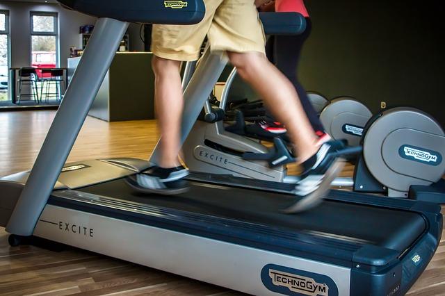a person runs on a treadmill